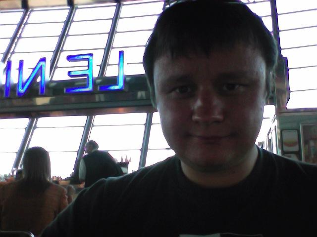 Дмитрий Малов в аэропорту Ниццы