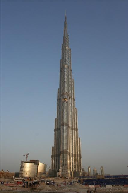 Строящийся Burj Dubai, ныне Burj Khalifa