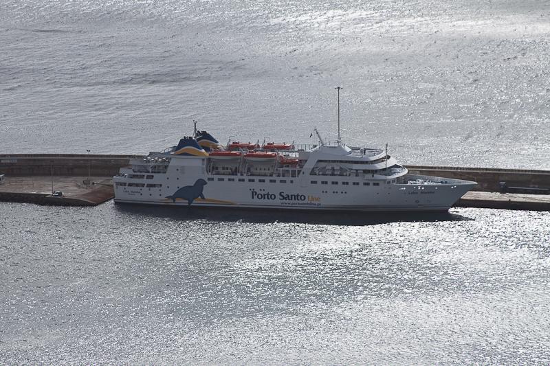 Porto Santo Line ferry, Madeira, Portugal. Паром, Мадейра Порту-Санту, Португалия.