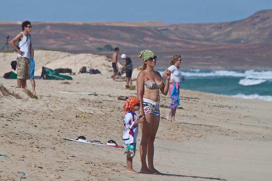 Песчасный пляж, остров Сал, Кабо-Верде. Sandy beach, Sal island, Cape Verde