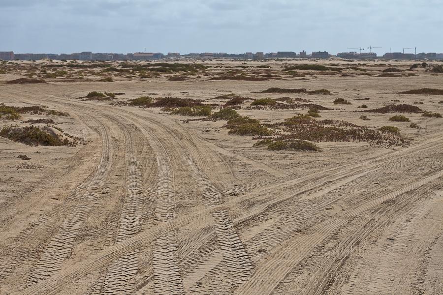 Пустынный песчасный остров Сал, Кабо-Верде. Sal island, Cape Verde