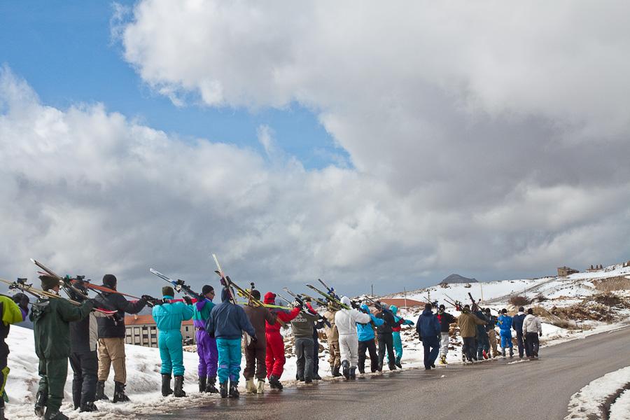 Le Cedrus, Cedars, Lebanon mountains. Цедар, горы, Ливан. Arab snow, skiing, guys, army, military. Снег, лыжи, курорт, арабские горнолыжники, армия, военные
