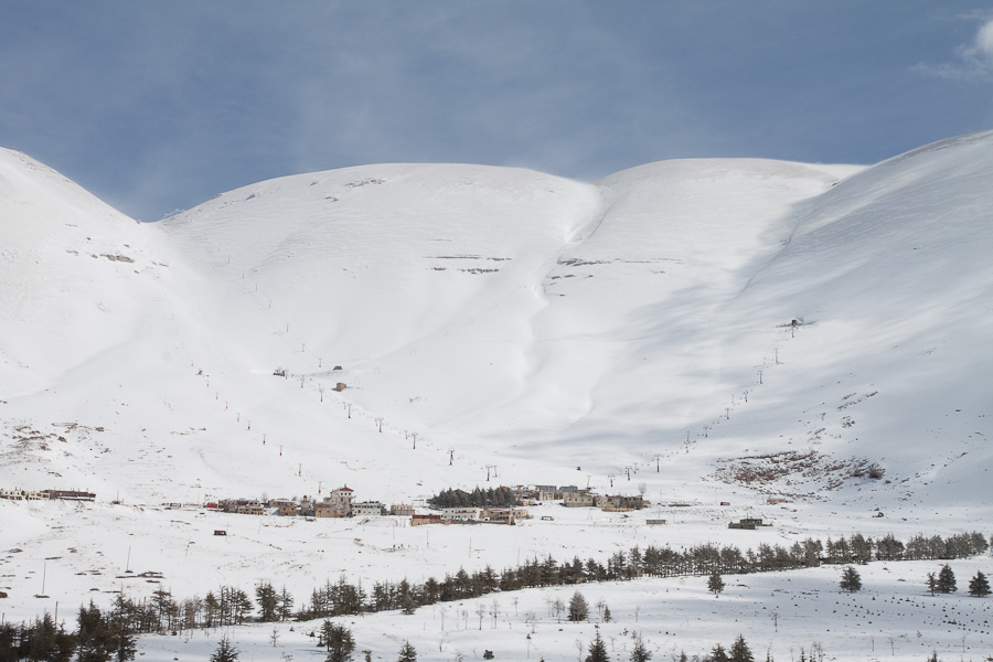 Le Cedrus, Cedars, Lebanon. Цедар, Ливан. Snow in Lebanon mountains. Снег в ливанских горах
