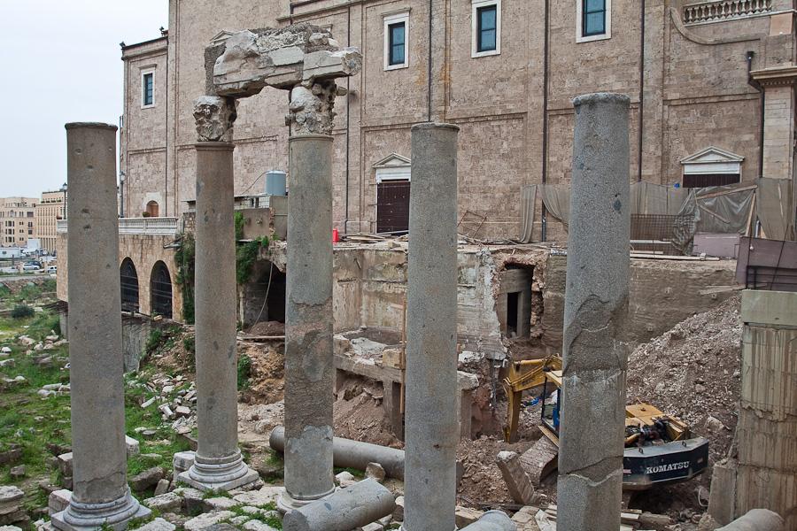 Komatsu, Lebanon, Beirut. Античные развалины, Бейрут, Ливан.