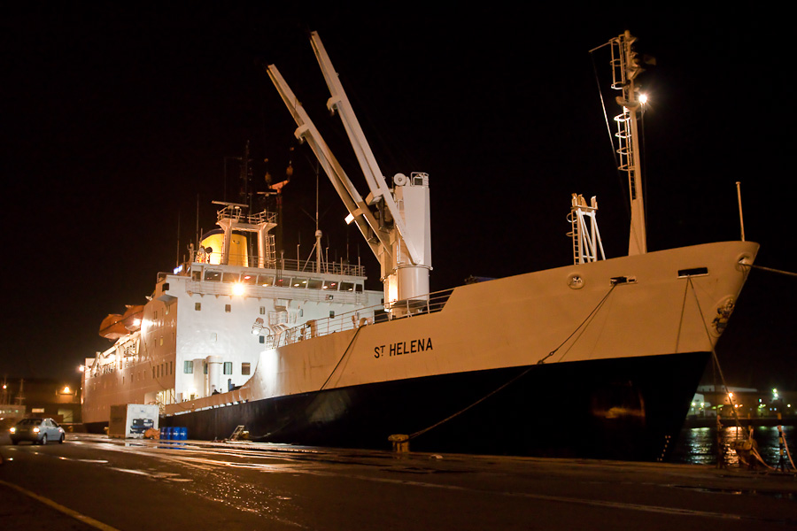 RMS St.Helena by night in Cape Town port. Ночью в порту Кейптауна.