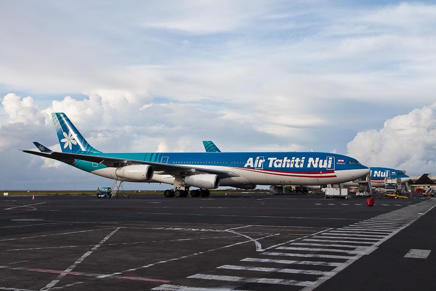 Airbus A340 Air Tahiti Nui. Аэропорт Фааа (Faaa), Папеэте, Таити, Французская Полинезия