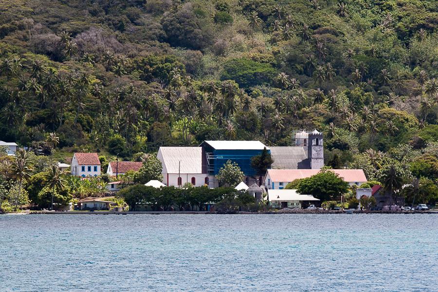 Набережная Рикитеа, остров Мангарева, архипелаг Гамбье