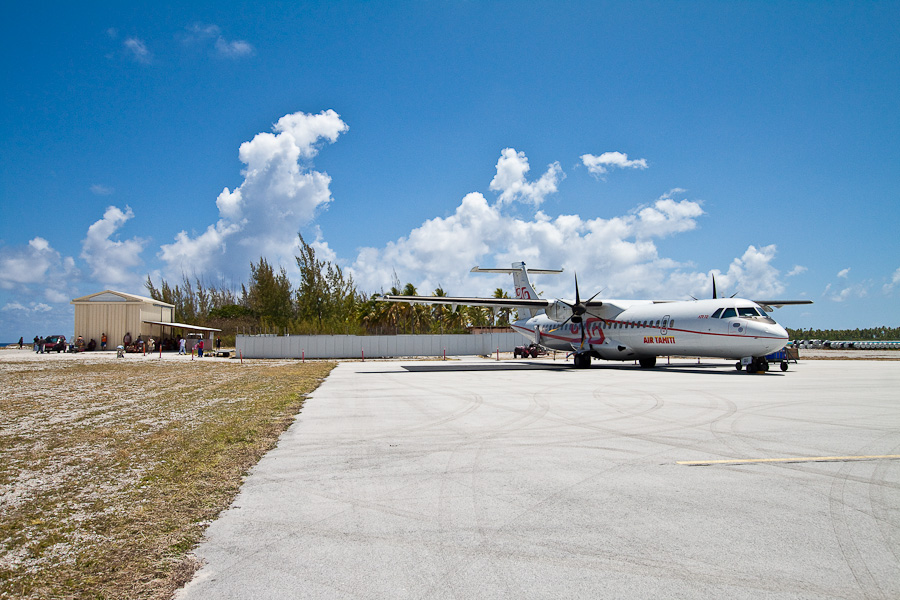 ATR72 F-OIQU, аэропорт атолла Туреиа (Tureia)