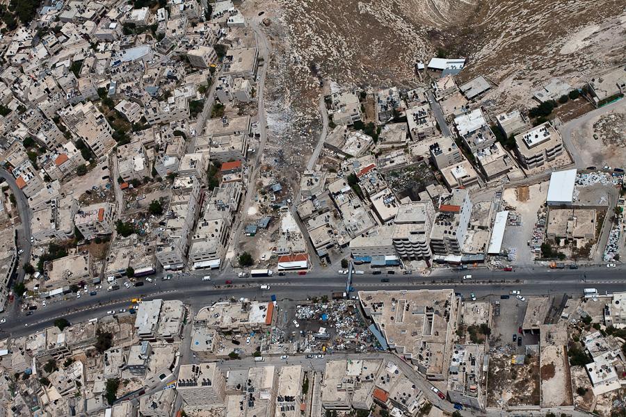 Окрестности Иерусалима в сторону Иудейской пустыни. Арабская деревня. Аэрофотосъемка