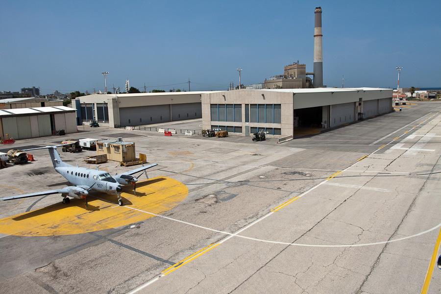 Аэропорт Сде-Дов, Тель-Авив