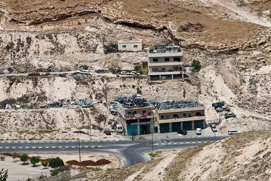 Разборки ворованных израильских машин, Палестина. Israeli stolen cars in Palestine