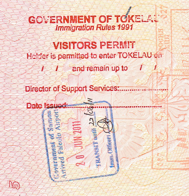 Виза и въездной штамп/печать Токелау и Самоа. Government of Tokelau Immigration Visitors Permit passport entry stamp and Samoa border stamp