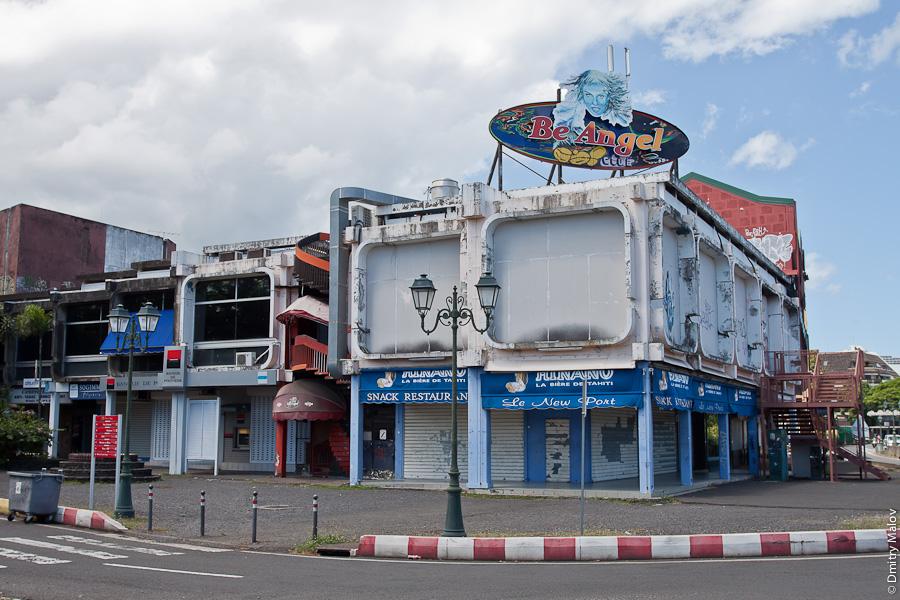 Papeete streets, Tahiti, French Polynesia. Улицы города Папеэте, Таити, Французская Полинезия. Be Angel. Hinano beer. Banque de polynesie