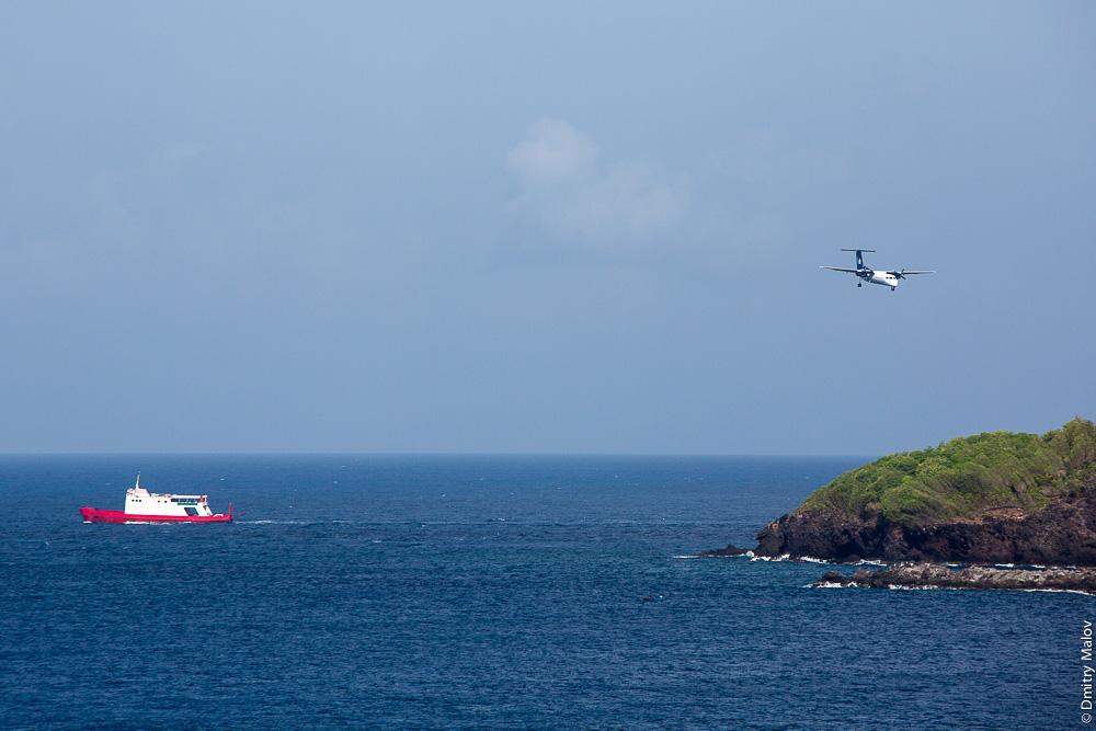 Посадка самолёта на остров Сент-Винсент. Аэро-фото