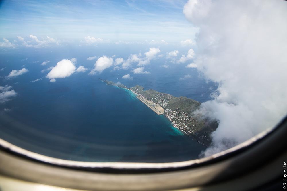 Остров Bequia, запад, острова Гренадины, Сент-Винсент. Аэро-фото