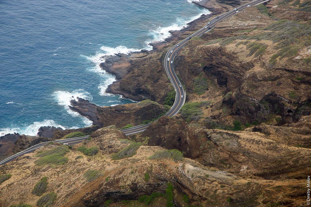 Гавайи, аэрофото, авиафото. Океан, утёс, обрыв, дорога, шоссе.