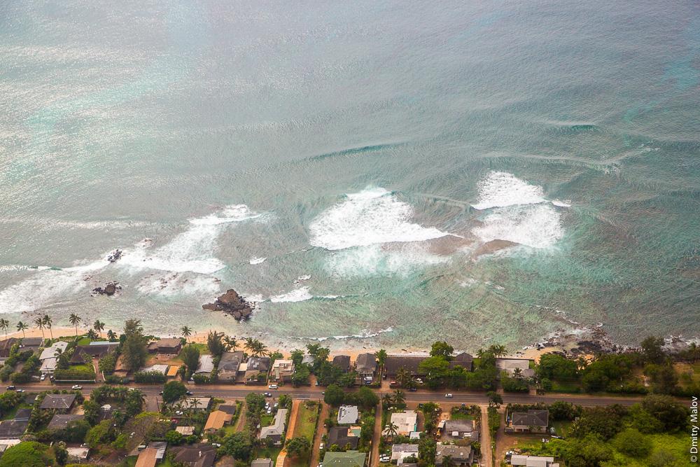 Hawaiian Nalu. Волны, Гавайи, аэрофото.
