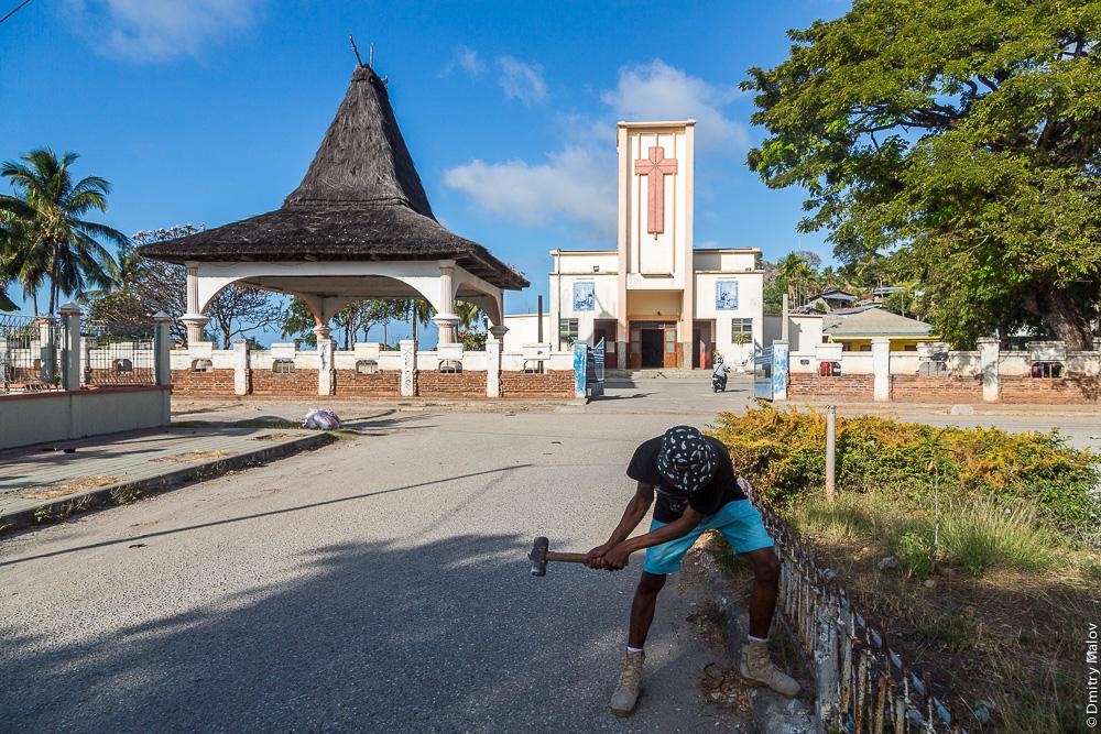 Португальская колониальная церковь в Баукау