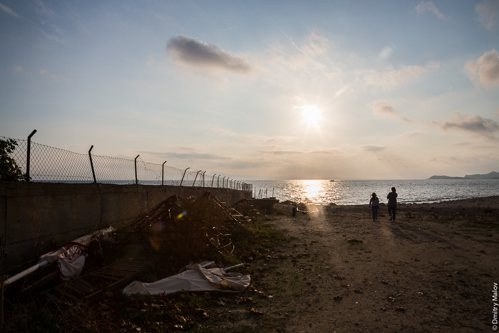 Наземная граница Святой Горы Афон с Грецией, заграждения из сетки-рабицы