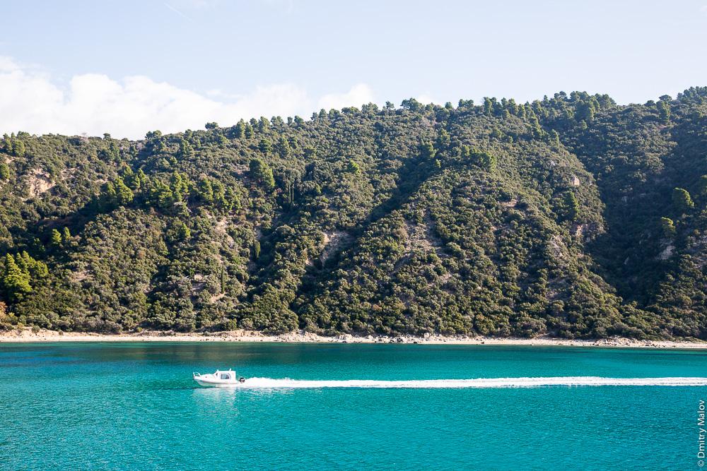 Берега Святой Горы Афон. Скоростной катер на Святую Гору Афон