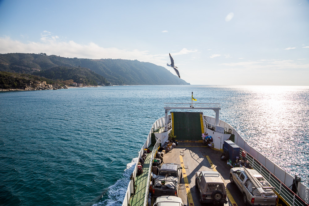 Паром на Святую Гору Афон. A ferry to Mount Athos