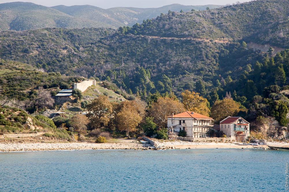 Граница Святой Горы Афон, вид с моря