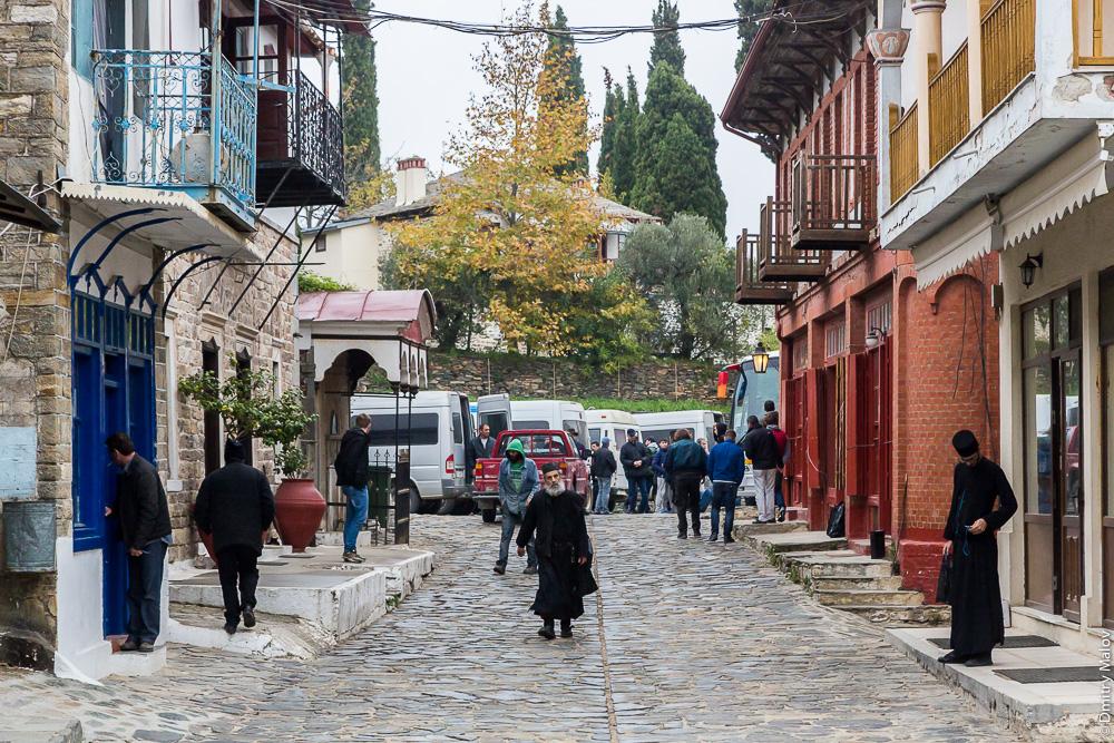 Улица города Кареи (Кариеса), Святая Гора Афон