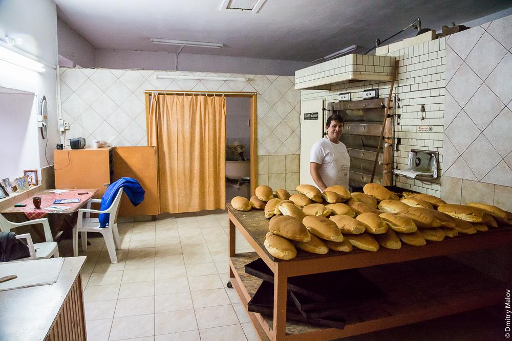 Пекарня и булочная, город Карея (Кариес), Святая Гора Афон