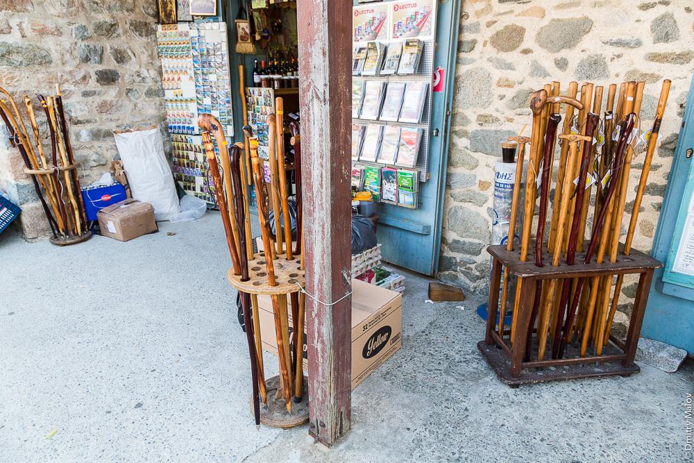 Посохи - самый популярный сувенир в Дафни (Святая Гора Афон)