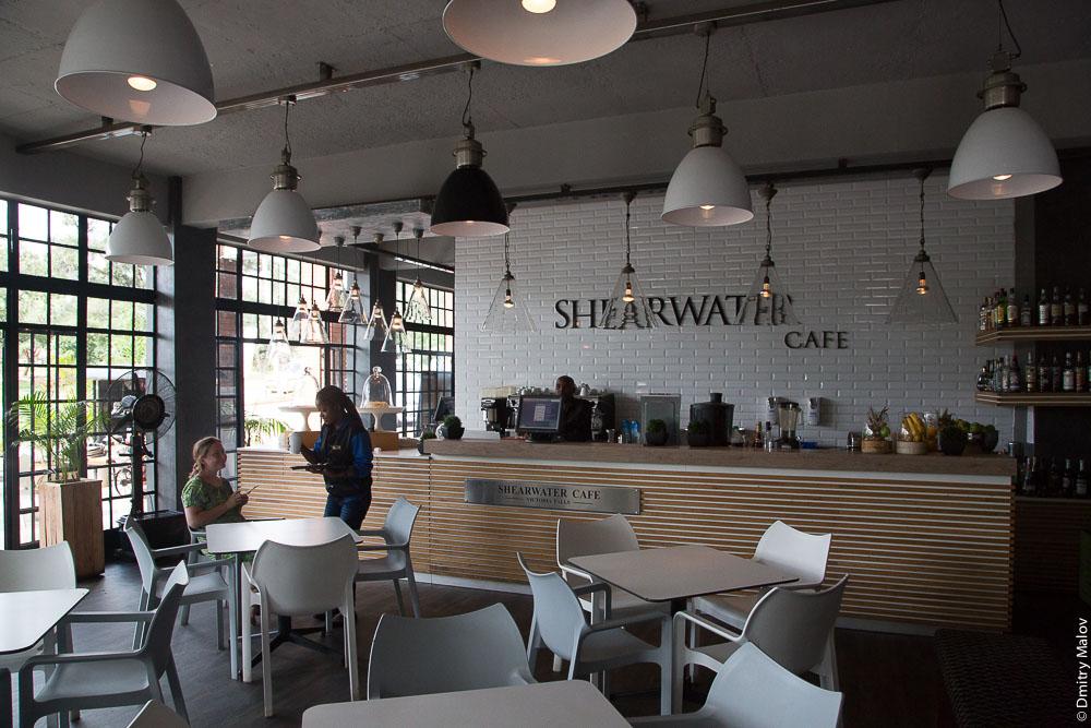 Shearwater Cafe, Victoria Falls, Zimbabwe. Хипстерское кафе, Виктория-Фолс, Зимбабве