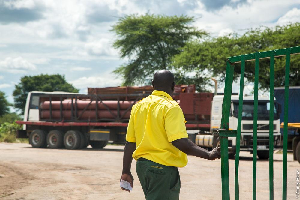 Kazungula border post, Zimbabwe-Botswana. Пограничный переход Казунгула, Зимбабве-Ботсвана