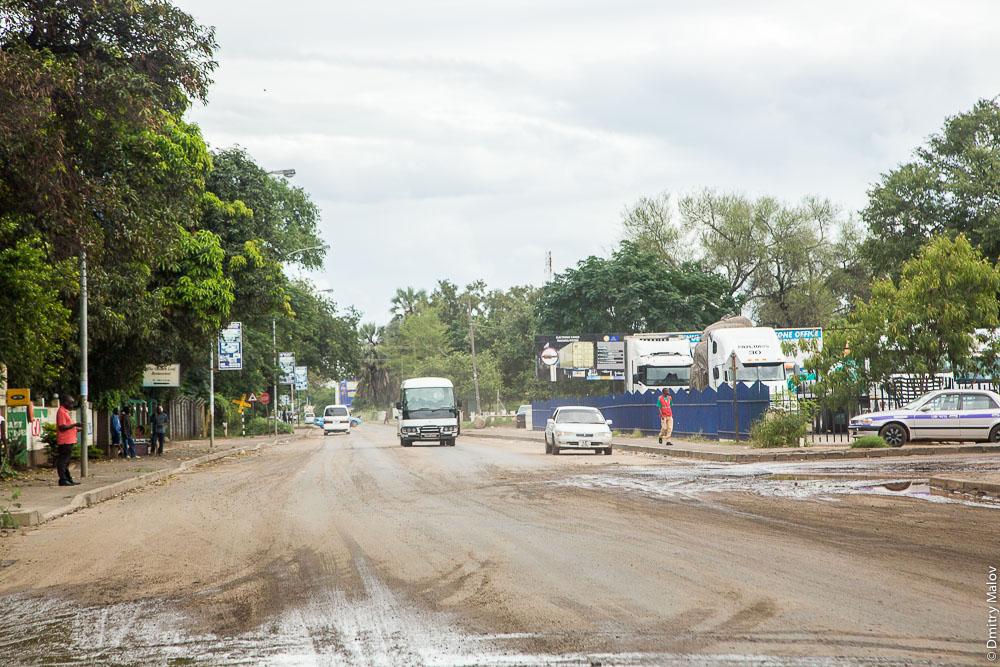 Город Ливингстон, Замбия. Центральная дорога. Livingstone city, Zambia, town centre, Main road