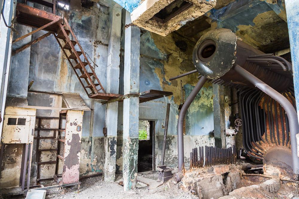 Заброшенное село Дуэ и шахта, Александровск-Сахалинский район. Abandoned Due mining village near Alexandrovsk-Sakhalinsky, Sakhalin, Russia.