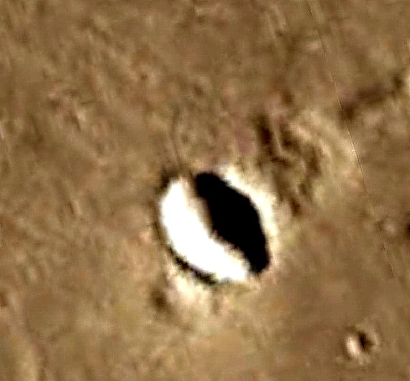 Tomari Crater, Mars. Марс, кратер Томари