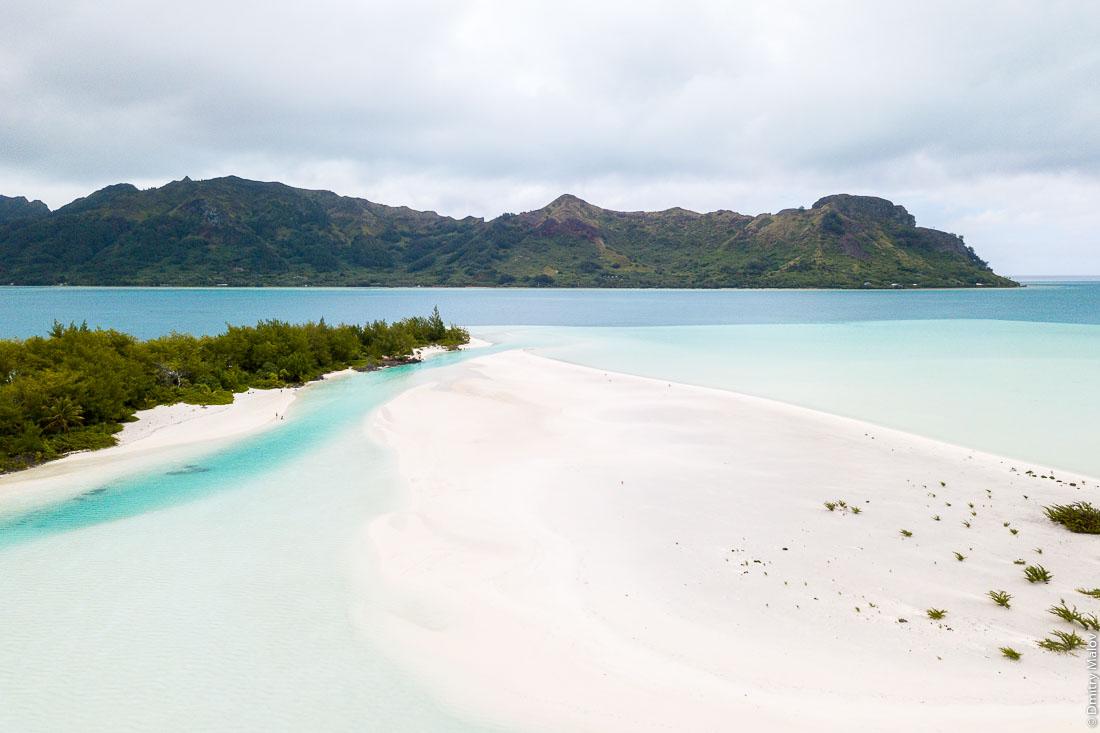 Моту Писцин. Остров Раиваваэ, архипелаг Острал (Тубуаи). Raivavae island, Astral (Tubuai) Islands, French Polynesia. Motu Piscine.