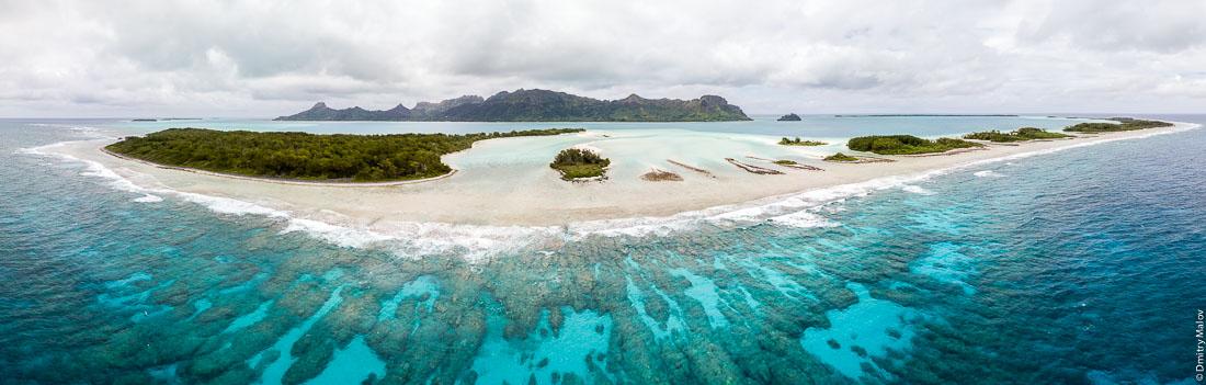 Остров Раиваваэ, архипелаг Острал (Тубуаи), аэрофотосъемка, фото с дрона, Французская Полинезия. Aerial view (drone photo) of Raivavae island, Astral (Tubuai) Islands, French Polynesia.