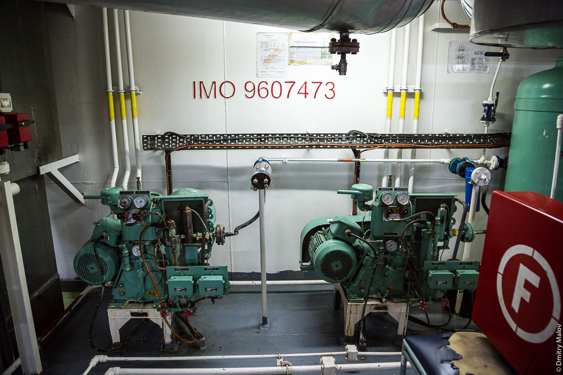 "IMO 9607473. Внутри корабля Tuhaa Pae IV, Французская Полинезия. Машинное отделение. Inside of the ship Tuhaa Pae IV, French Polynesia. The Engine room."""