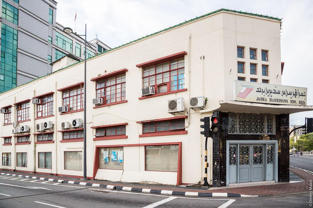 На улице города Бандар-Сери-Бегаван, Бруней-Даруссалам. A street of Bandar Seri Begawan, Negara Brunei Darussalam