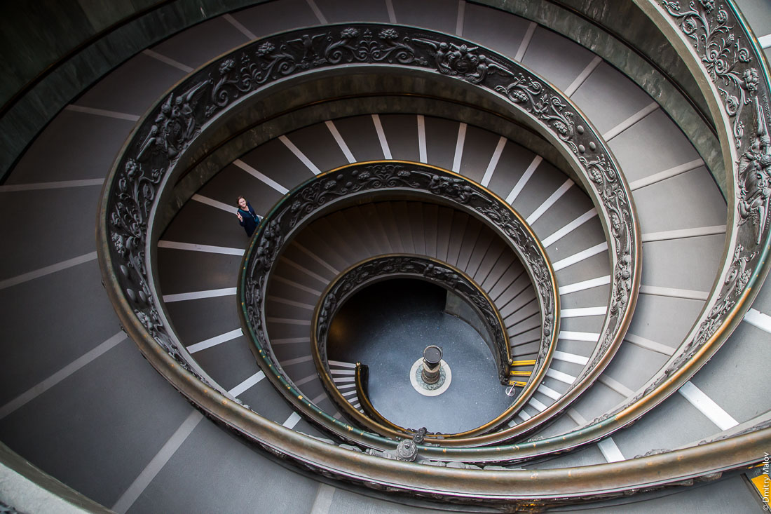 Лестница Браманте, музеи Ватикана. Bramante Staircase, Vatican Museums, Vatican City