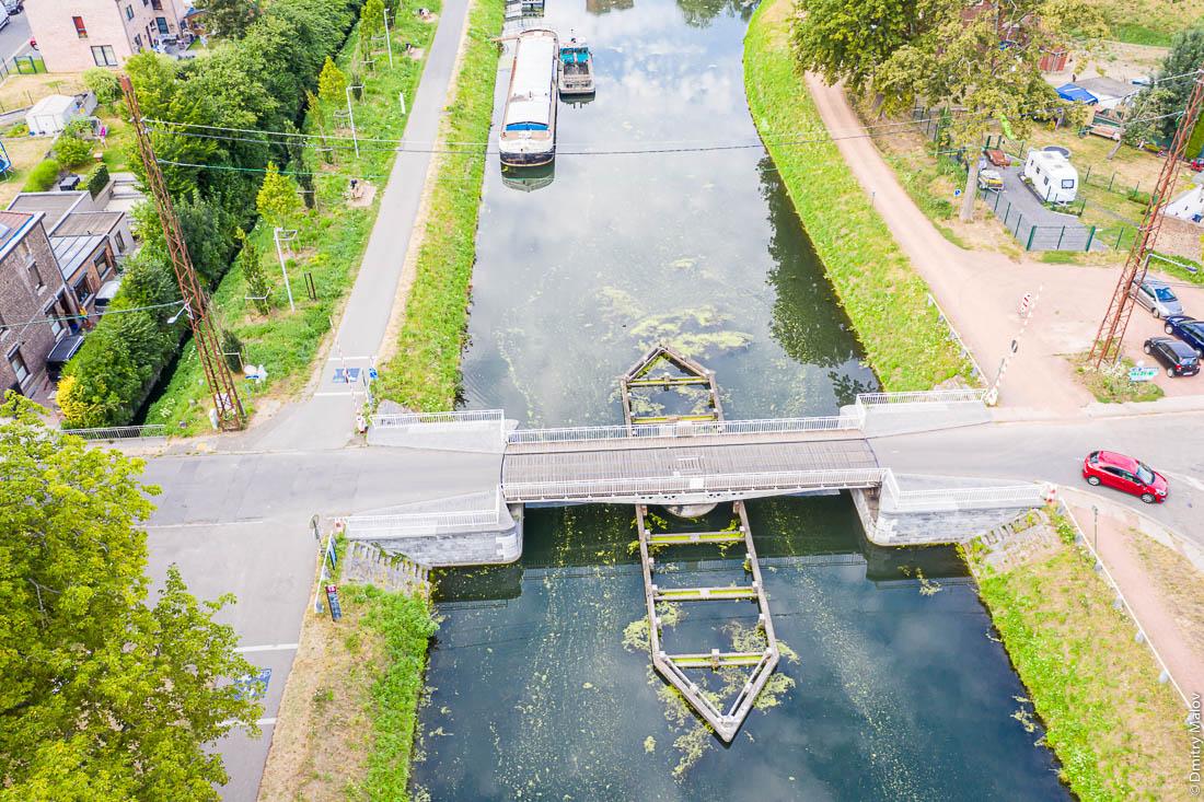 Поворотный мост, Центральный канал, Бельгия