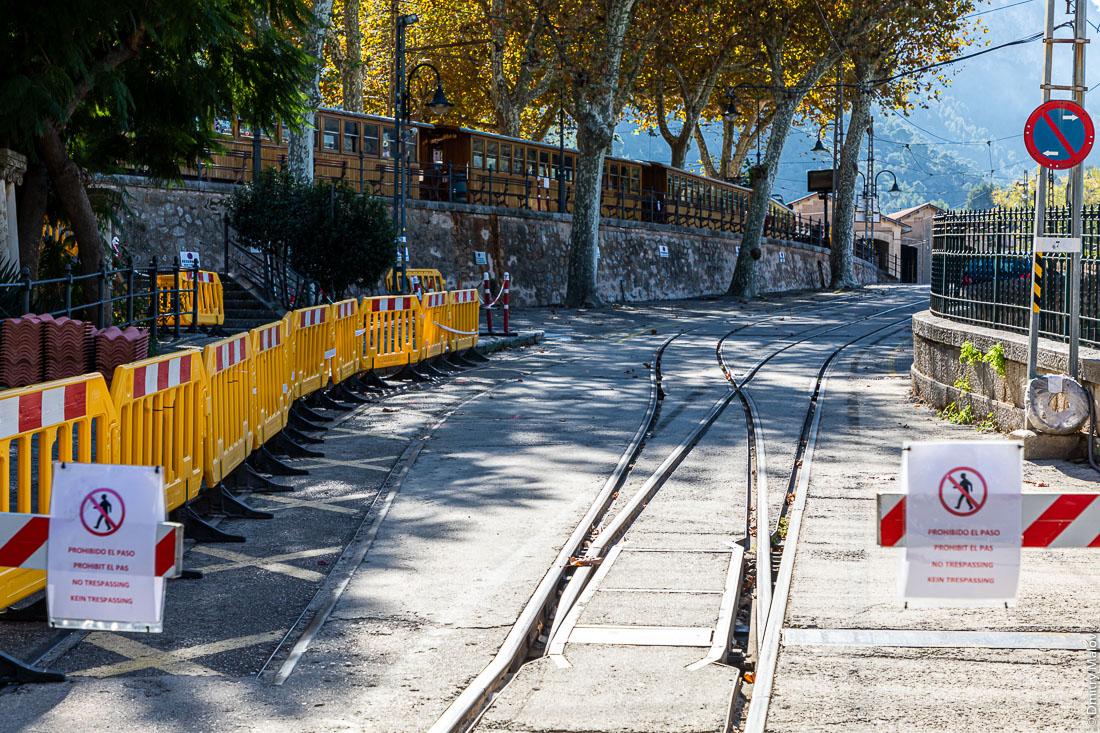 Трамвайное депо. Город Сольер. Мальорка, Испания.
