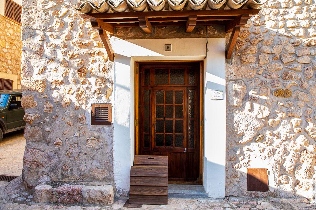 Входная дверь. Форналуч/Fornalutx. Майорка, Испания.
