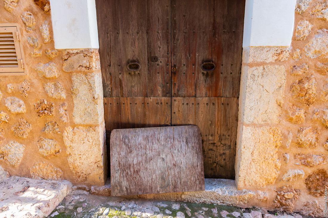 Входная дверь. Форналуч/Fornalutx. Мальорка, Испания.