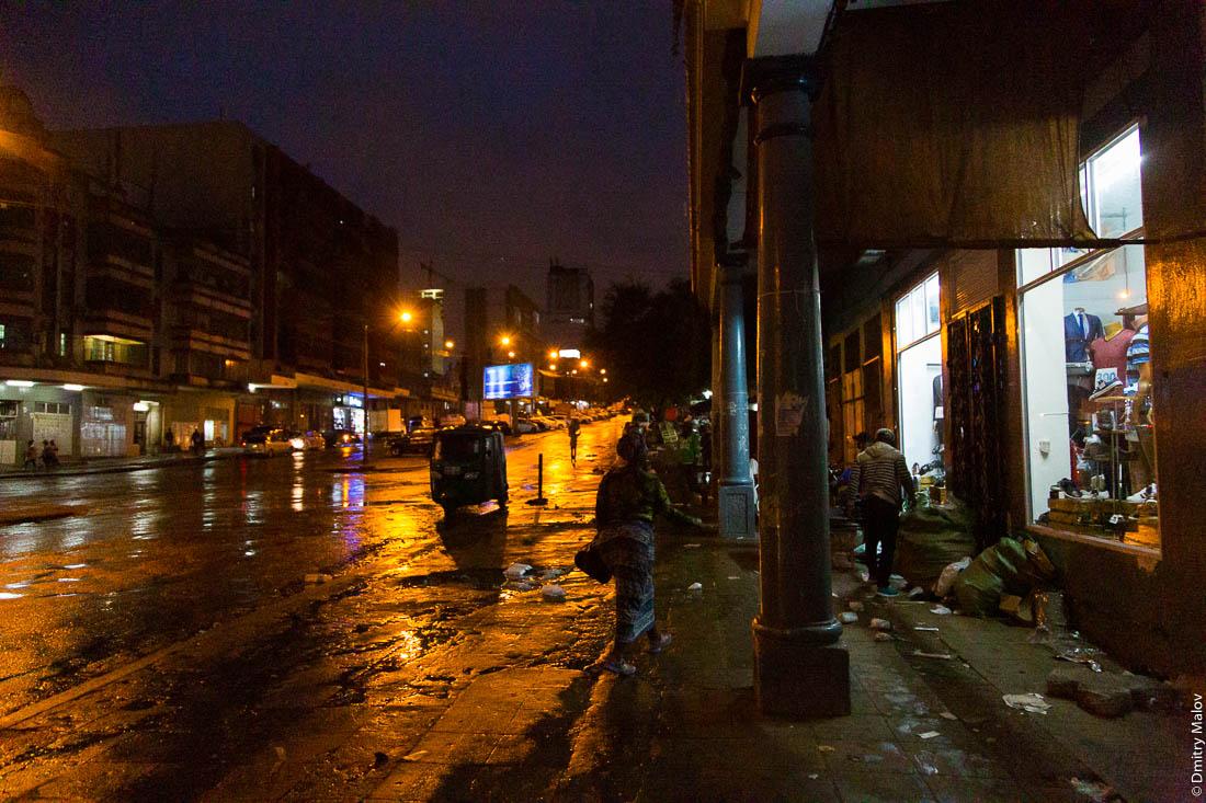 Ночная улица, Мозамбик, Африка