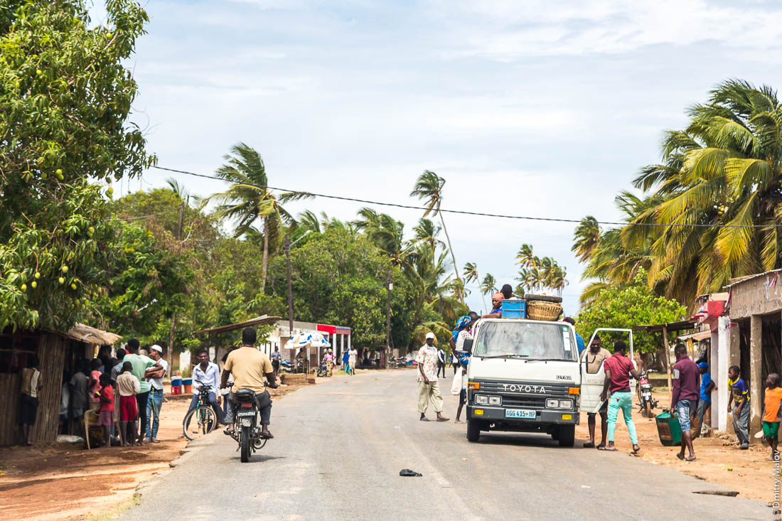 Дорога Нампула-остров Мозамбик, Мозамбик, Африка